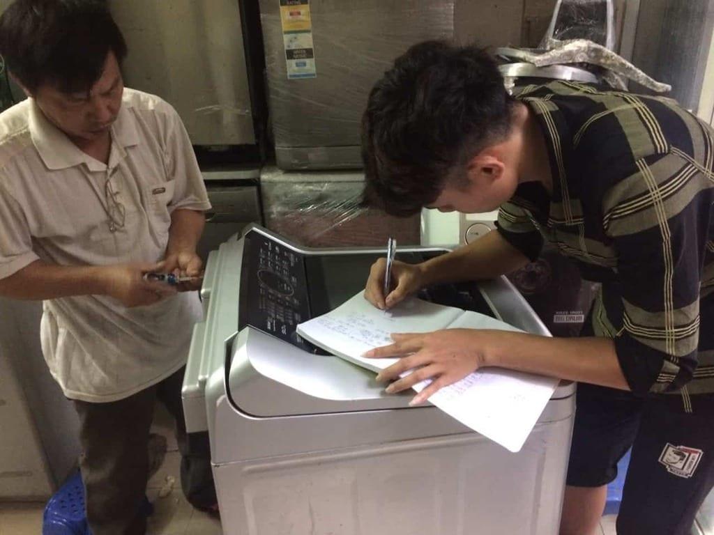 sửa chữa máy giặt lồng đứng