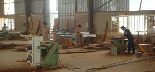 Thi công, đóng mới đồ gỗ tại xưởng