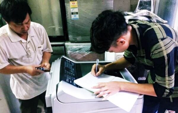 Đào tạo thợ sửa chữa - Học sửa máy giặt