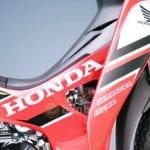 Bảng giá phụ tùng xe máy Honda: Các loại yếm & tem