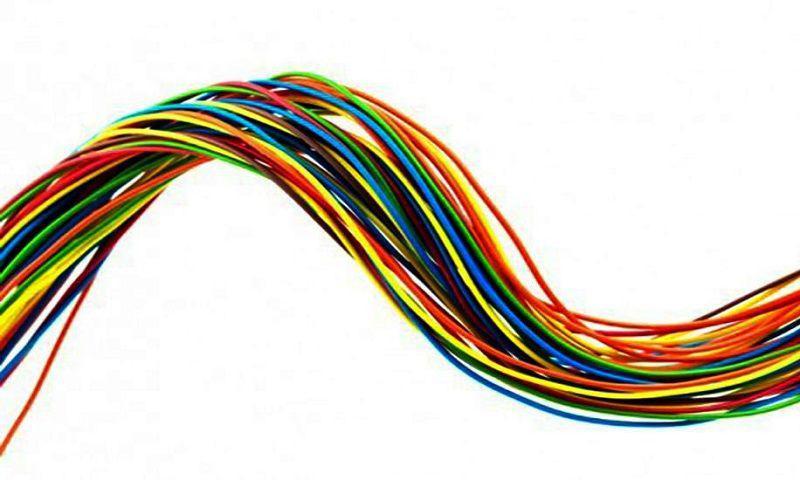 Phân biệt dây nóng và dây nguội thông qua ký hiệu, màu sắc, kích thước dây và bút thử điện