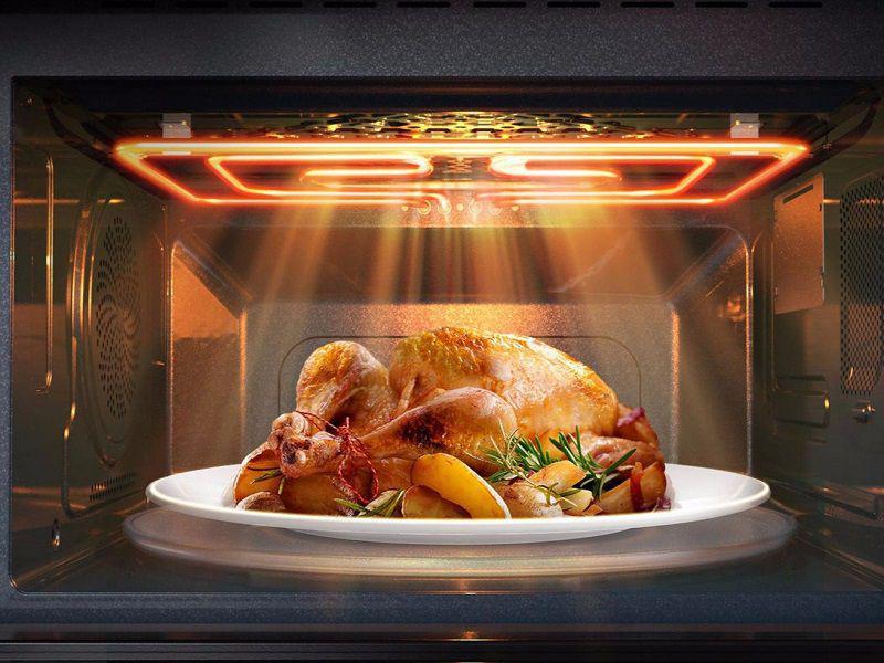Thực phẩm cho dù dày đến mấy thì khi nướng bằng lò vi sóng cũng sẽ chín đều