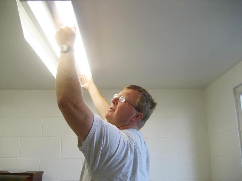Bóng đèn chập chờn là một trong các lỗi thường gặp nhất về điện gia đình