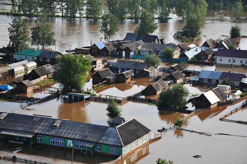 Có rất nhiều nguyên nhân gây ra ngập lụt khu dân cư mùa mưa