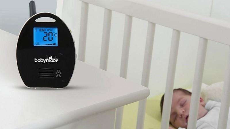 Không nên để nhiệt độ phòng quá thấp khiến trẻ dễ bị nhiễm lạnh
